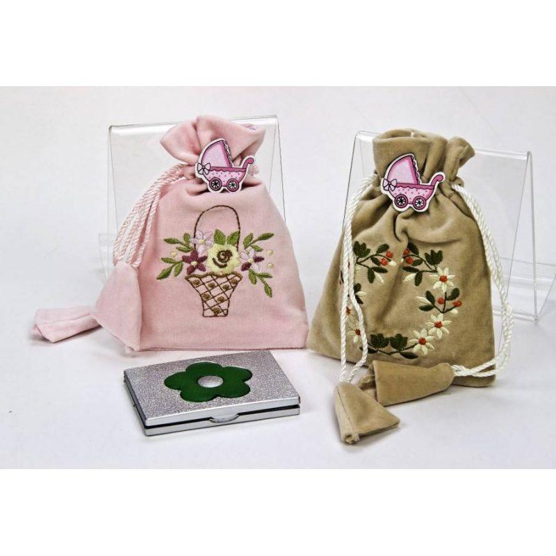 Espejo Flores en Bolsa Terciopelo y Pin Rosa